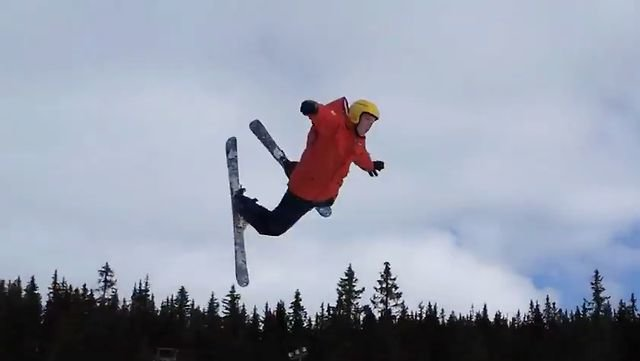 VIDEO – Norvēģu slēpotāja neveiksme. (Norwegian Skier Fail Remix)