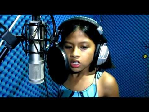 "VIDEO – Fantastiski – 10 gadīga meitene izpilda dziesmu ""The Power of love""! (She's Got A Voice As Like Celine Dion And She's Only 10 Years Old!)"