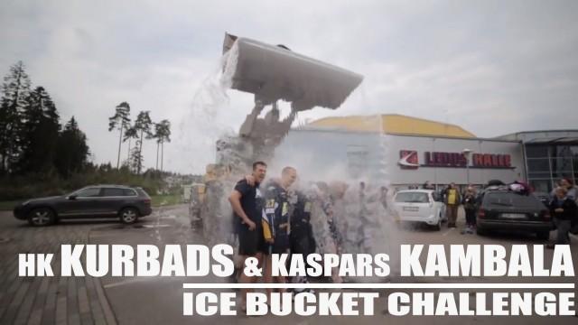 """VIDEO – Hokeja klubs """"Kurbads"""" un Kaspars Kambala pieņem """"Ledus spaiņa"""" izaicinājumu!"""
