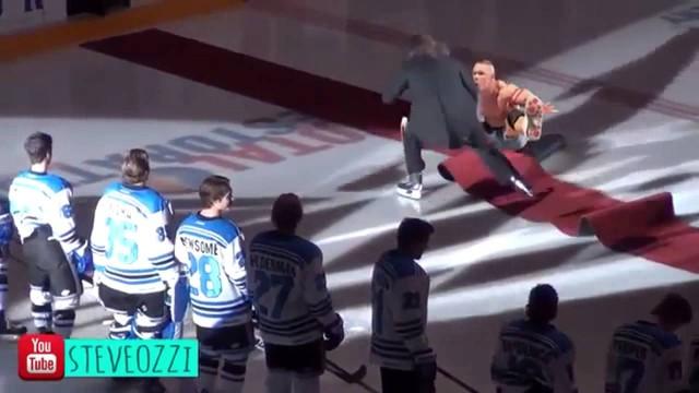 VIDEO – Cīkstonis Rendijs Ortons kļūst par interneta varoni. (Randy Orton RKO Vines)