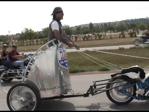 VIDEO – Motokariete! (Motorcycle Chariot Racing)