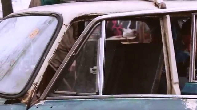 """VIDEO – Latvijā tapis ar pedāļiem """"darbināms"""" žigulis! (LADA with pedals)"""