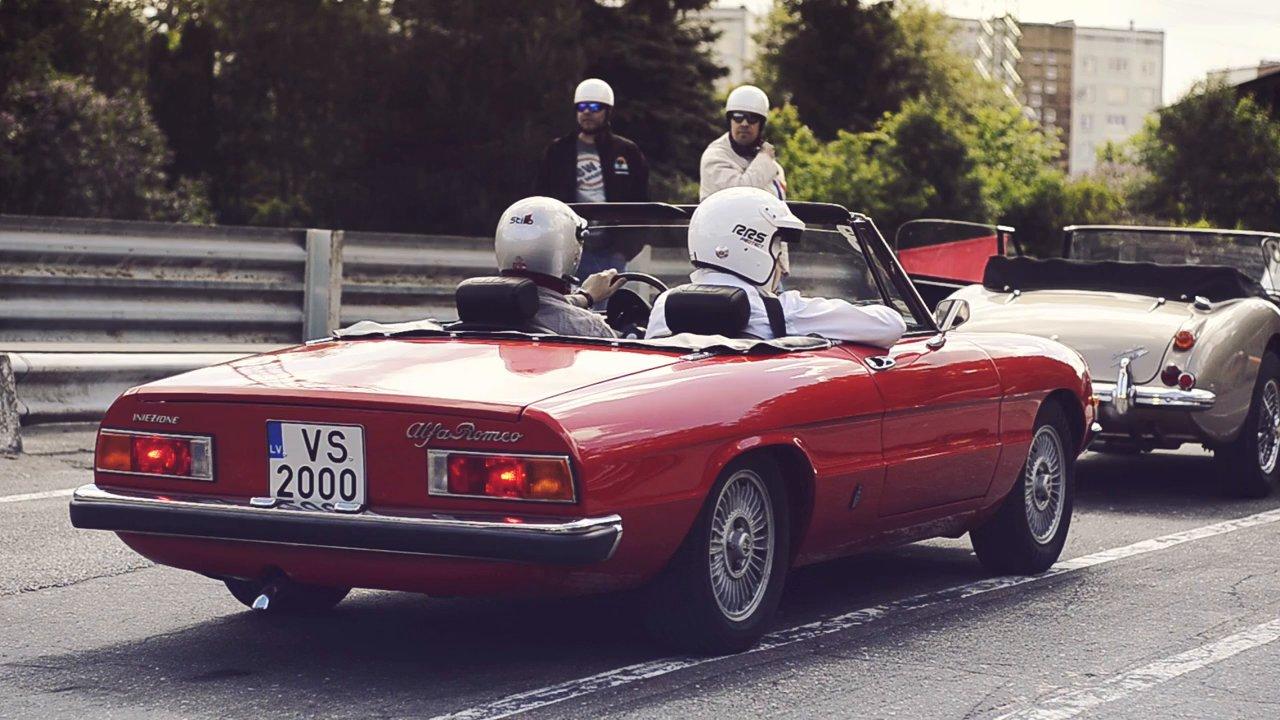 VIDEO: Ekskluzīvo automašīnu rallijs Biķernieku trasē! (Youngtimer Rally Track Day 2014)