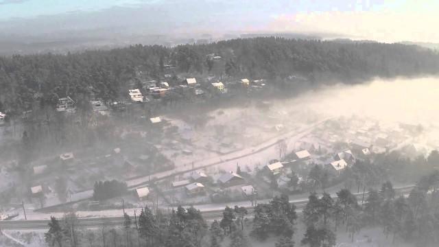 VIDEO: Skats uz Latviju miglas laikā no putna lidojuma. (Amazing Latvia in fog.)