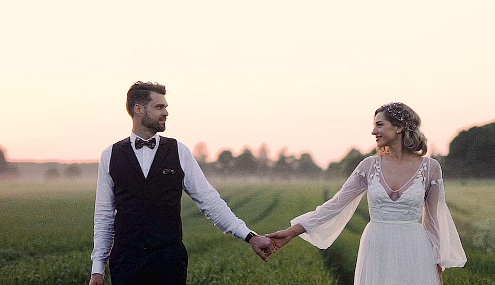 """""""Latvijas šovbiznesa skaistākais pāris"""" publicējis ļoti skaistu kāzu video"""