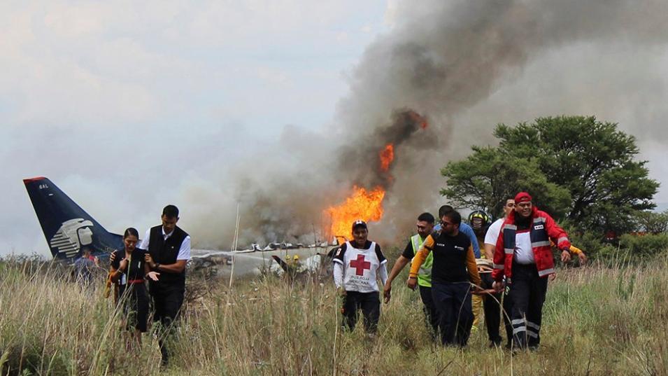Brīnums Meksikā! Avarējusi lidmašīna ar 103 cilvēkiem, bet viņi VISI izdzīvo
