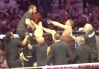 Vai Makgregors iesita pirmais? Jauns video parāda, ka īru sportists varētu būt līdzatbildīgs par kautiņu, kas izcēlās pēc cīņas