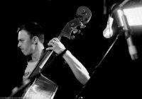 Noskaidrots, kāpēc pāragri miris talantīgais mūziķis Toms Lipskis