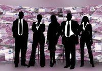 Ekonomisti paredz algu pieaugumu 2019. gadā praktiski visās nozarēs