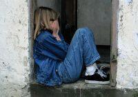 Pedofīla tēva meita atklāj, ka kopš sešu gadu vecuma viņa tikusi izvarota 4 reizes dienā un divas reizes palikusi stāvoklī
