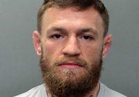 Konoru Makgregoru arestē par atņemtu un sašķaidītu telefonu fanam, kurš vēlējās viņu nofotografēt