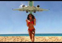 Lai cīnītos ar tūristiem, Taizemē lemj par nāvessodu tiem, kas Puketas pludmalē uzņems selfijus ar lidmašīnām