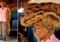 FOTO: Vīrietis, kurš matus nav mazgājis 40 gadus saka, ka viņa dredi ir Dieva svētība