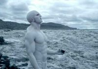 Zinātniekam savdabīga teorija par cilvēku izcelsmi; Iesaistīti citplanētieši
